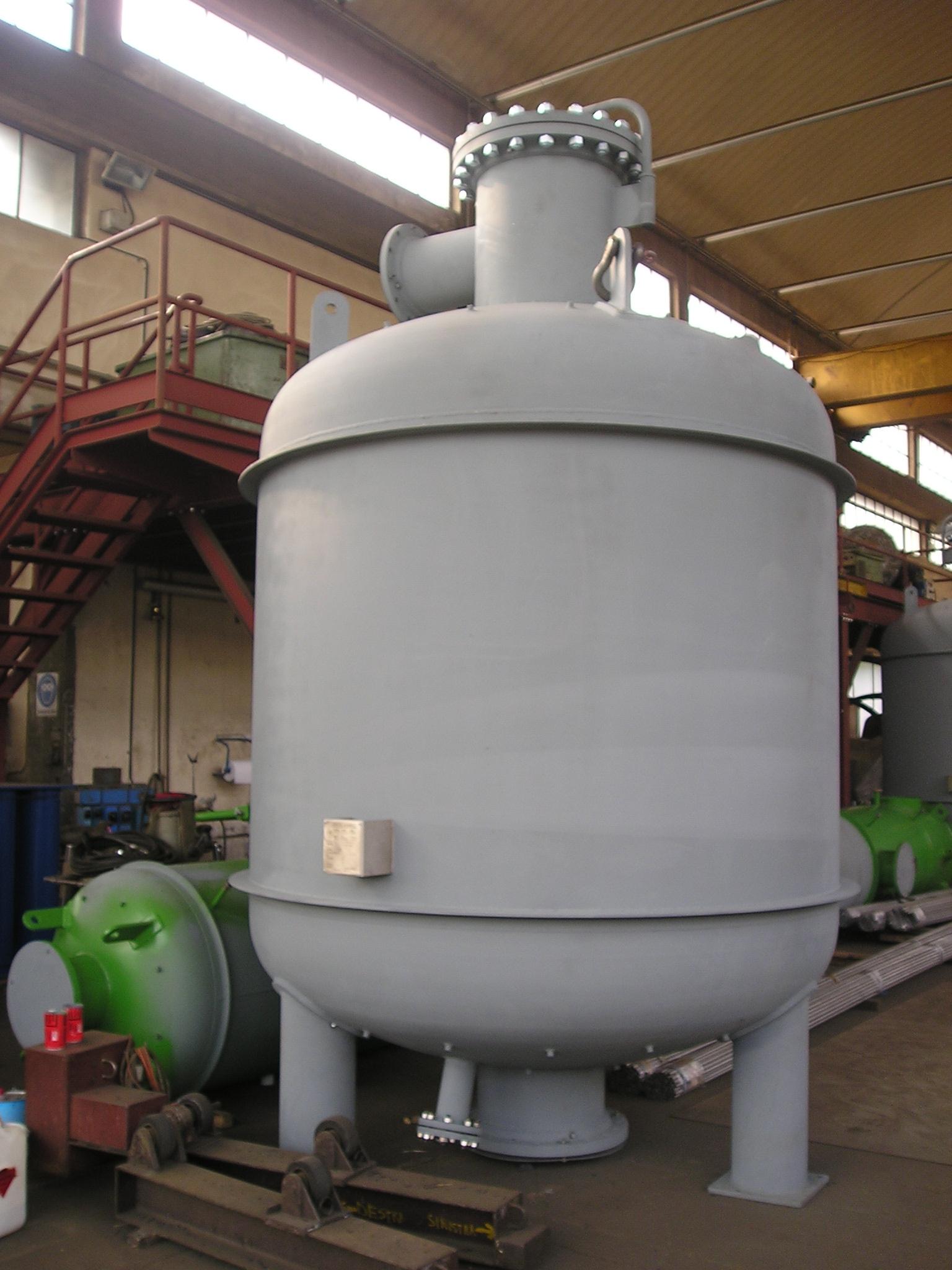Barili prepurificatori aria/azoto DN2300 da 10000 L in P355 NH (UNI EN ...