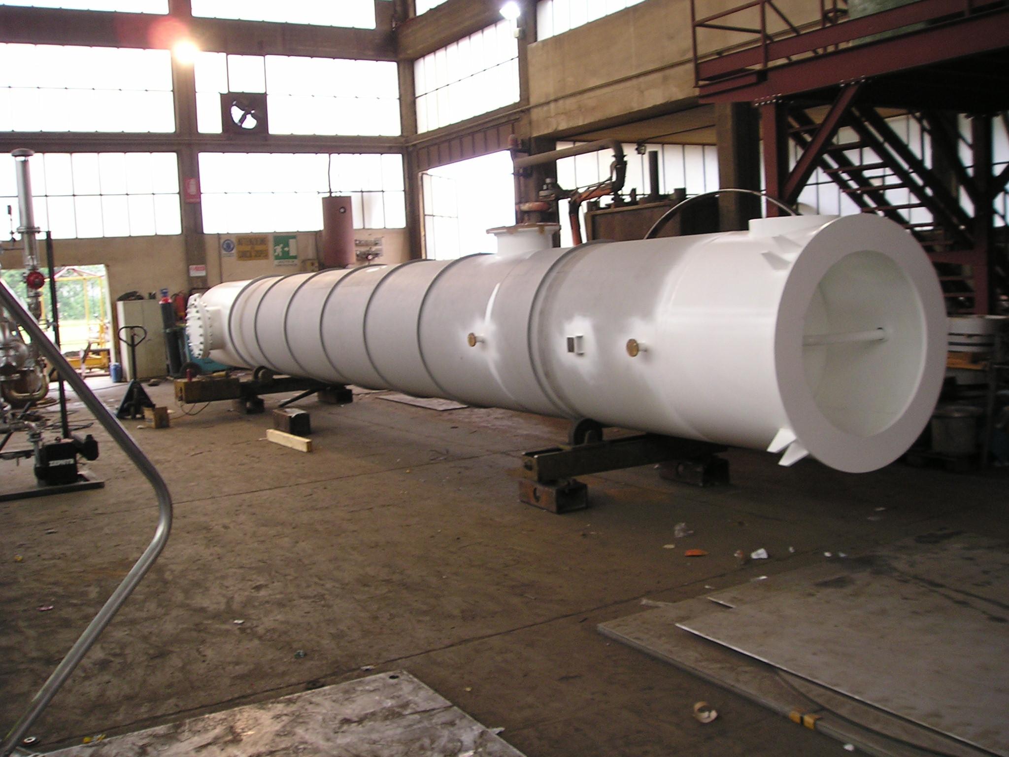 Torre di raffreddamento azoto-acqua DN 1300 H11400 in P355 NH (UNI EN ...